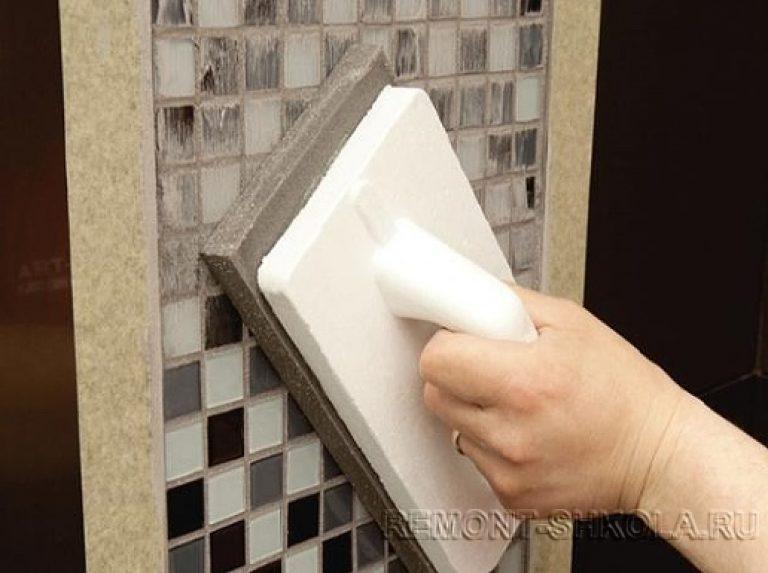 Cement Voegen Badkamer : Tegel voor doucheruimte. de fase waterdicht maken de douchebak